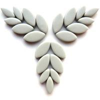 043 Pearl Grey Petals: 50g