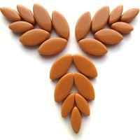 095 Brown Sugar Petals: 50g